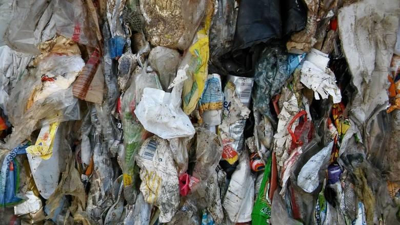 Transport śmieci z Zachodu miał trafić na Śląsk