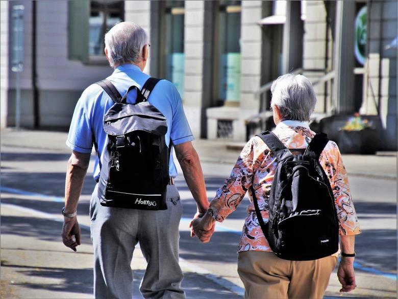 Koronawirus w Podlaskiem. W gminach pomagają osobom starszym i samotnym