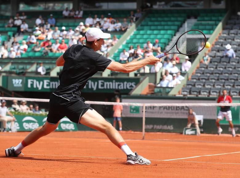 Hubert Hurkacz dotarł w ubiegłym roku do drugiej rundy Roland Garros