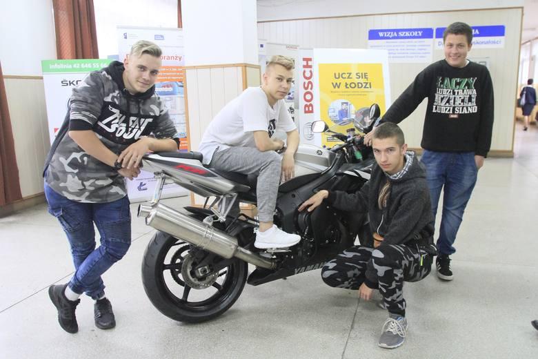 Placówka z ul. Przybyszewskiego z końcem tego roku szkolnego wypuszcza swój pierwszy rocznik - na poziomie branżówki - mechaników motocyklowych. Do egzaminów zawodowych podejdzie ósemka ze zrekrutowanych przed trzema laty kandydatów do tej specjalności