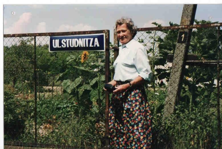 Córka ostatniego właściciela Helga von Studnitz Jenqel na Świerczu w 2005 r.