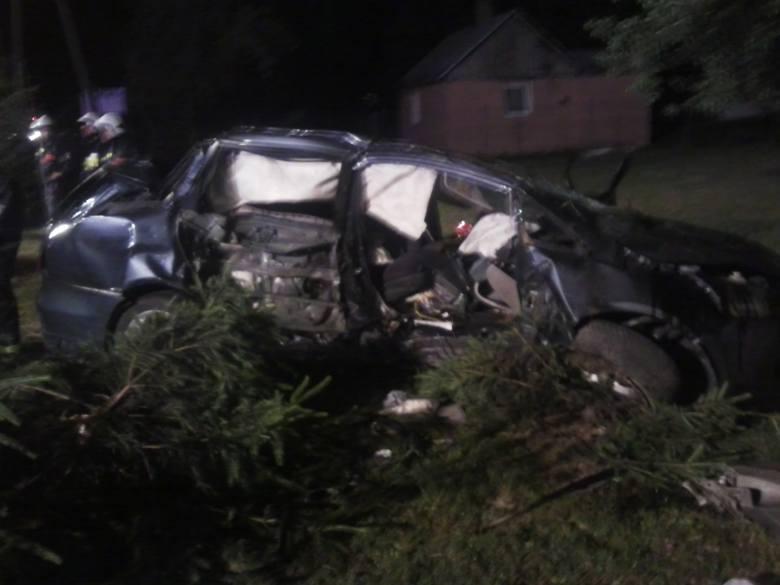 Wólka Rokicka. Najtragiczniejszy wypadek spowodowany przez nietrzeźwego kierowcę w województwie lubelskim. Zginęła 31-letnia matka i dwie córeczki  (2