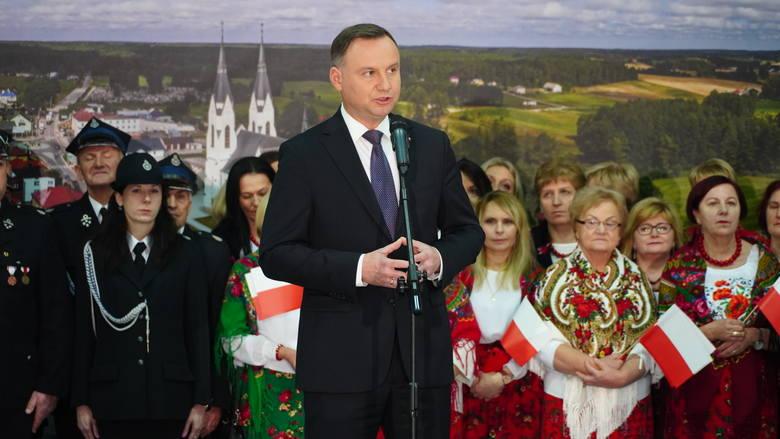 Prezydent Polski Andrzej Duda spotkał się z mieszkańcami miejscowości Kulesze Kościelne