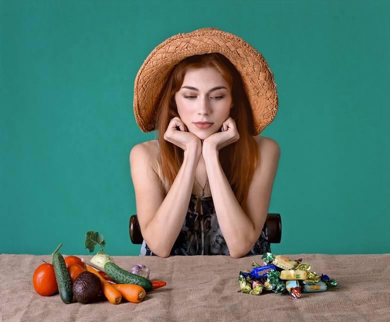 Znamy sposób na to, by pozbywać się zbędnych kilogramów bez restrykcyjnych zasad, wilczego głodu i poczucia deprywacji. Dieta wolumetryczna dr Barbary