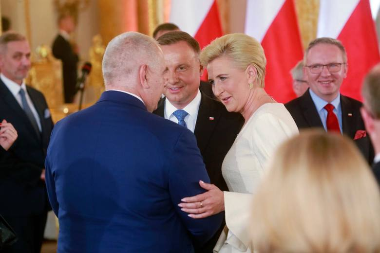 Andrzej Duda odebrał uchwałę PKW o wyborze na Prezydenta RP [ZDJĘCIA] Uroczystość odbyła się na Zamku Królewskim w Warszawie
