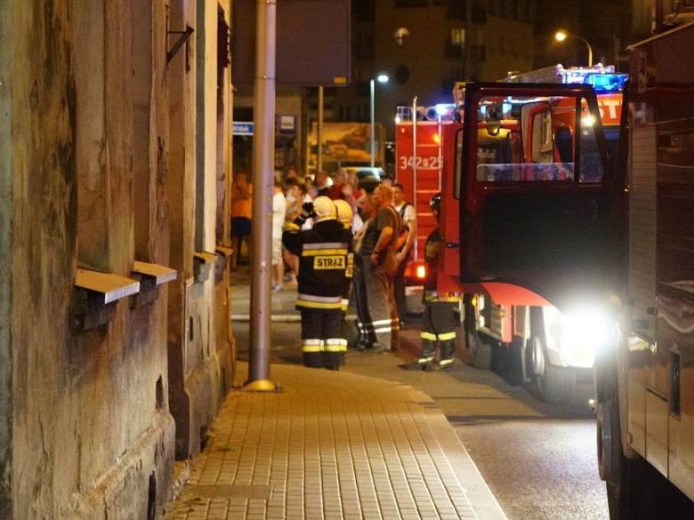 Kalisz: Pożar kamienicy przy ul. Harcerskiej [ZDJĘCIA]