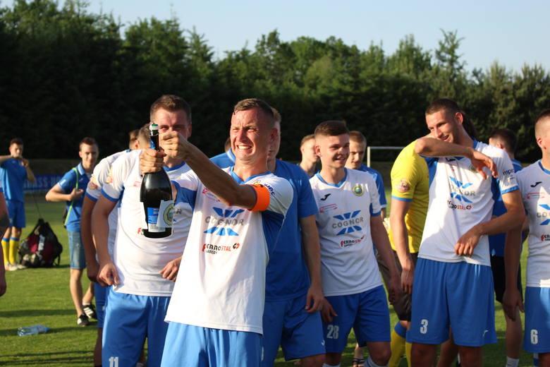 Hutnik Kraków - Orzeł Ryczów. Finał Pucharu Polski na szczeblu Małopolskiego ZPN