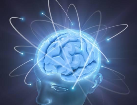 Podczas ataków padaczkowych dochodzi do nagłego i niekontrolowanego zakłócenia elektrycznej aktywności kory mózgowej.