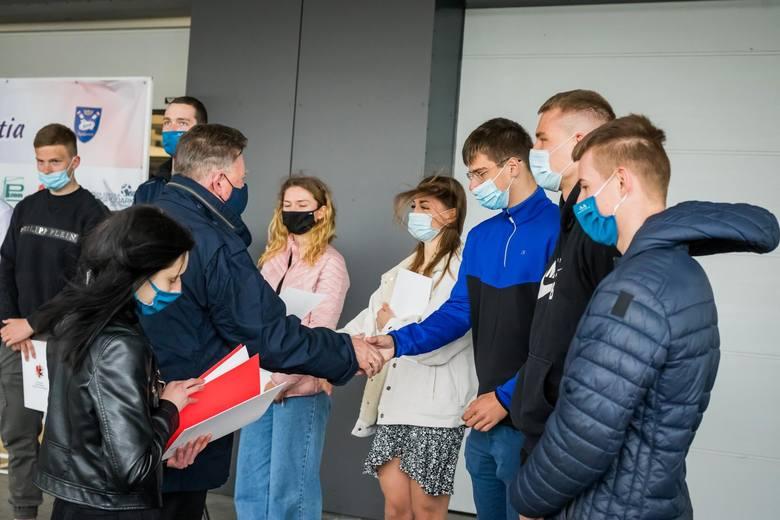 W piątek, 23 kwietnia 2021 roku w siedzibie klubu LOTTO-Bydgostia przy ul. Żupy 4 miała miejsce miła uroczystość.  Wicemarszałek Województwa Kujawsko-Pomorskiego