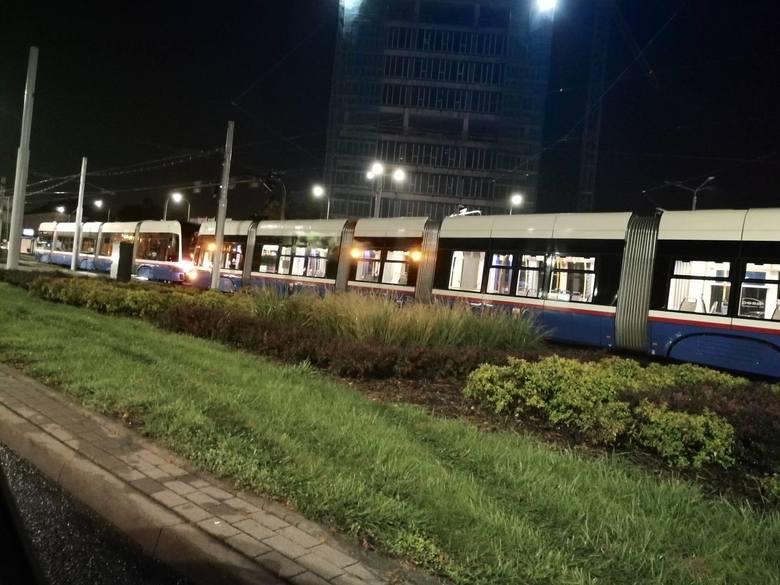 Przed godziną 20 doszło do awarii tramwaju na rondzie Fordońskim w Bydgoszczy.