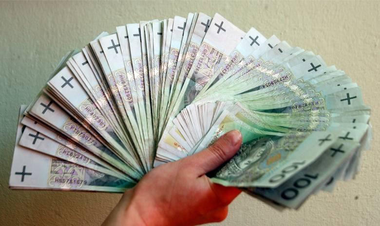 Kto w najbliższym czasie może liczyć na podwyżkę wypłaty swojego wynagrodzenia? Zobaczcie czy jesteście w grupie osób mogących liczyć na dodatkowy zastrzyk