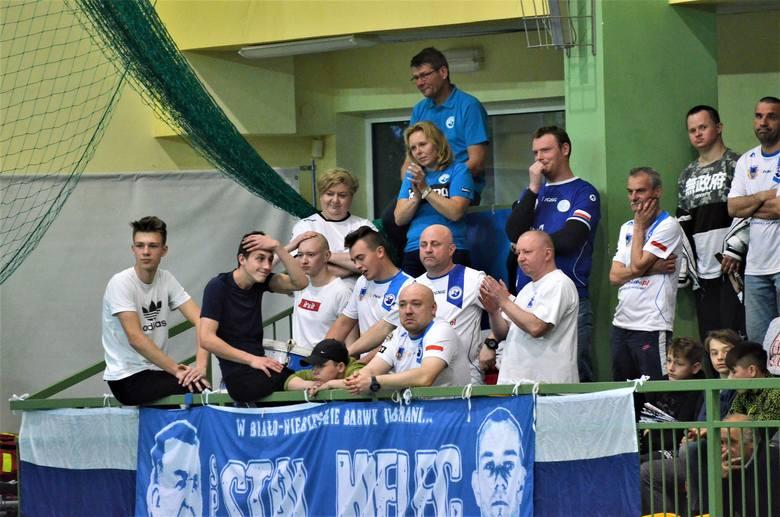 SPR Stal Mielec przegrała przed własną publicznością trzecie spotkanie z rzędu. Tym razem pogromcą naszego zespołu okazała się być Energa MKS Kalisz.