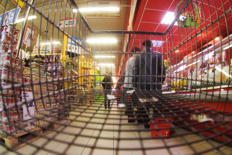 Miliony uciekają z półki! Nieodpowiednie promocje i brak towaru oznaczają duże straty dla handlu