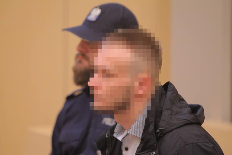 Poznań: Usiłował zabić Alberta Radomskiego? Ruszył proces w sprawie brutalnego pobicia przy ul. Krysiewicza