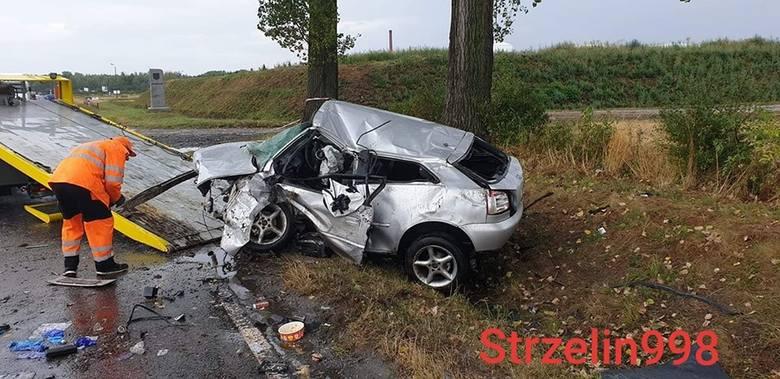 Śmiertelny wypadek pod Wrocławiem. Droga była zablokowana (ZDJĘCIA)
