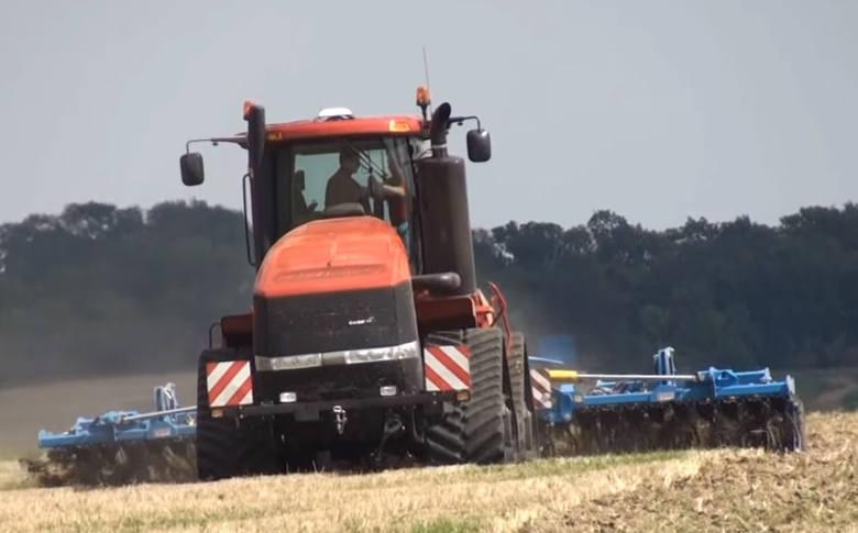 Przez niektórych uważany jest za prawdziwe bugatti wśród ciągników rolniczych. Case IH Steiger z napędem na cztery koła pracować może w praktycznie każdych