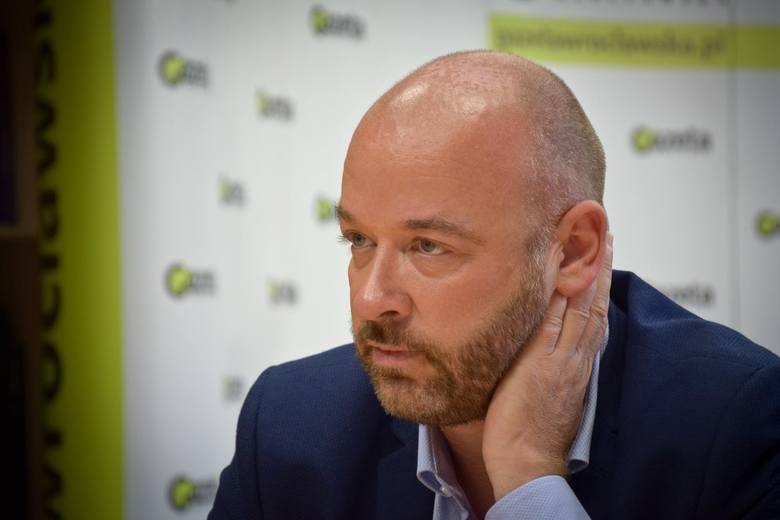 Jacek  Sutryk, 40 lat, miejsce zamieszkania Wrocław (Komitet Koalicji Obywatelskiej)Jacek Sutryk, dyrektor departamentu spraw społecznych we wrocławskim