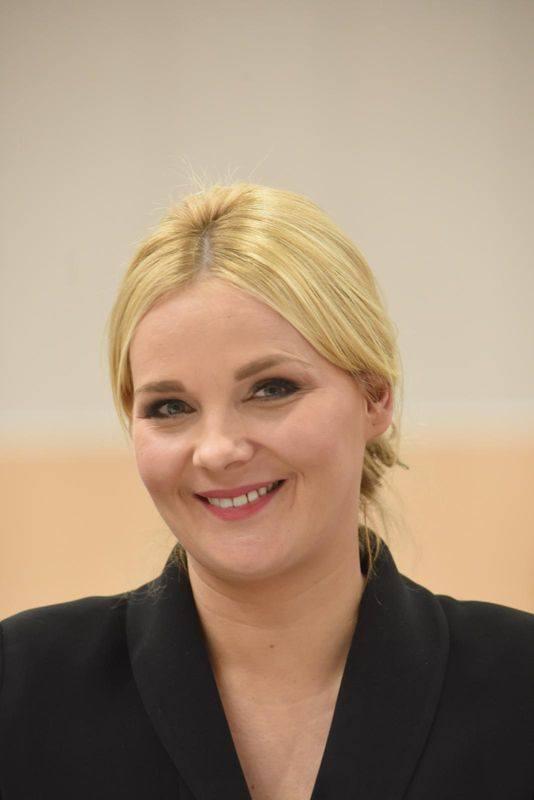 Radna województwa Anna Synowiec z Gorzowa. Należy do klubu radnych Koalicji Obywatelskiej, jest sekretarzem klubu