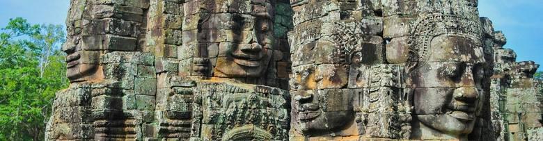 Angkor Wat, Siem Reap, KambodżaJeśli kiedykolwiek planowaliście wycieczkę do południowo-wschodniej Azji, na pewno słyszeliście o Angkor Wat. Tak zwane