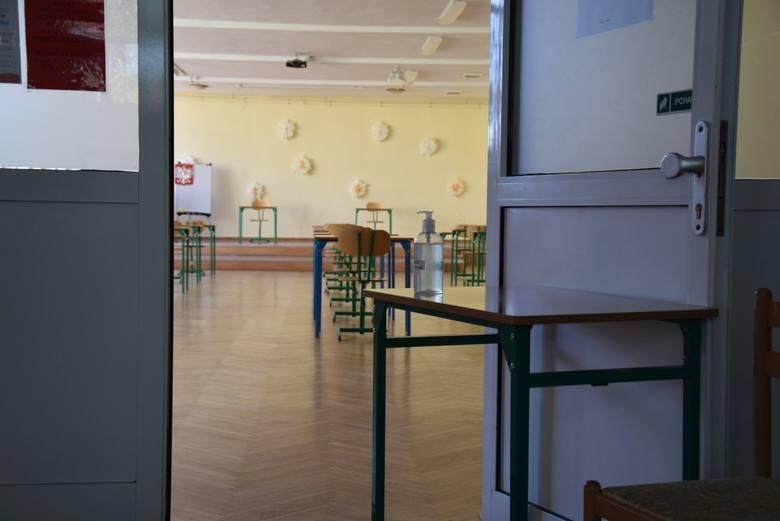 Sanepid kontroluje m.in. szkoły i przedszkola, czy przestrzegane są w nich zasady bezpieczeństwa wprowadzone w dobie koronawirusa