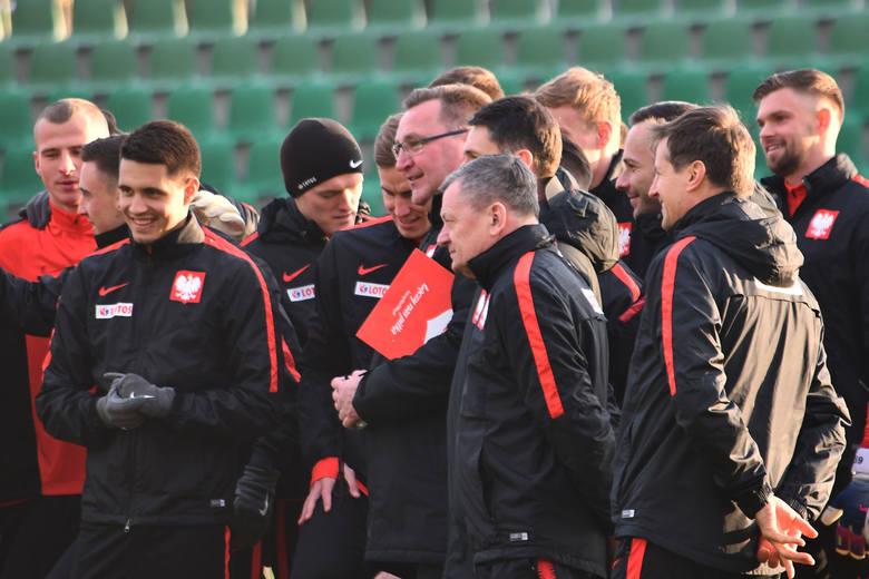 Reprezentacja U-21. Czesław Michniewicz podał skład na mistrzostwa Europy we Włoszech i San Marino