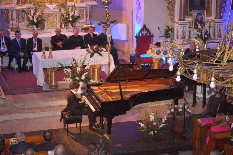 W programie m.in. utwory Bacha, Chopina, Beethovena.