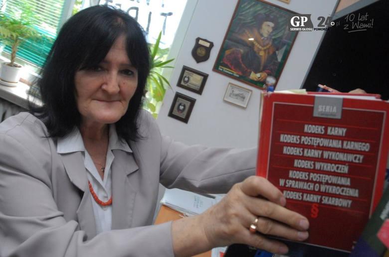 2007  - spektakularny sukces odniosła mecenas Anna Bogucka-Skowrońska ze Słupska, gdy po raz drugi Sejm RP wybrał ją na sędziego Trybunału Stanu.