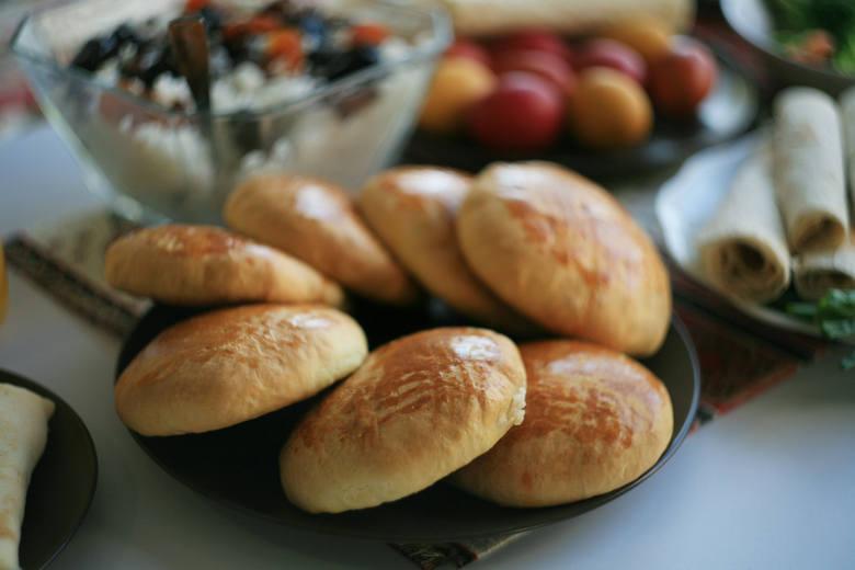 Ormiańska Wielkanoc: tak wygląda jeden ze słodkich deserów ormiańskich - gata.