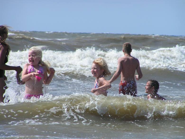 Temperatura wody w Bałtyku. Ile stopni Celsjusza ma dziś woda w morzu i zatoce?