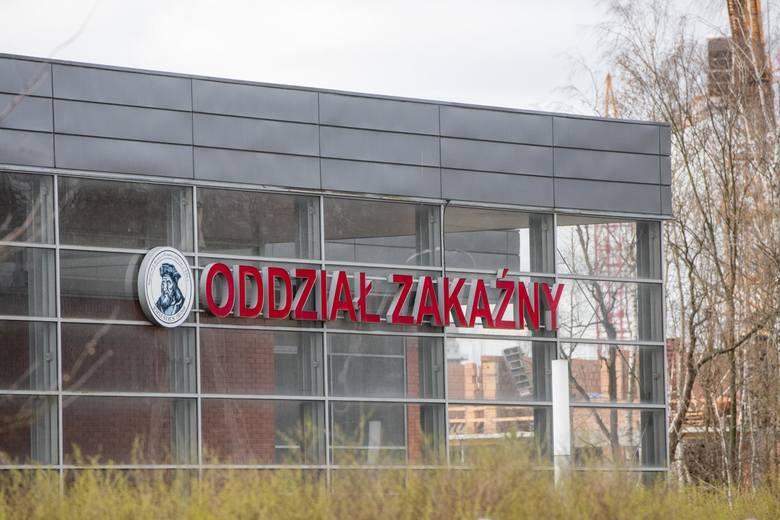 Jak pokazuje doświadczenie poznańskich lekarzy, wśród hospitalizowanych zakażonych był pacjent, który zmagał się z chorobą Covid-19 aż siedem tygodni.