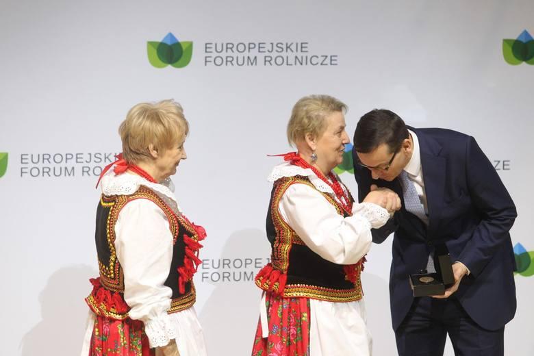 Zdjęcia z drugiego dnia Europejskiego Forum Rolniczego 2019, które od piątku odbywa się w Jasionce k. Rzeszowa. Dziś wśród gości są premier Mateusz Morawiecki,