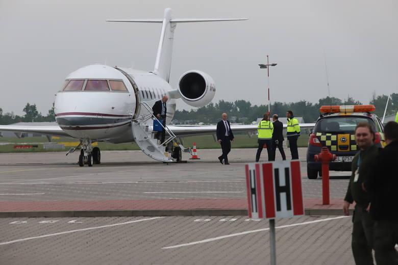 W czwartek około godz. 19 na łódzkim lotnisku Lublinek wylądował samolot z szefem FIFA Gianni Infantino na pokładzie. Wizyta prezydenta piłkarskiej federacji