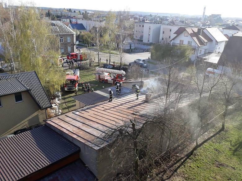 W czwartek, około godz. 17, podlascy strażacy dostali informację o pożarze w miejscowości Łapy.