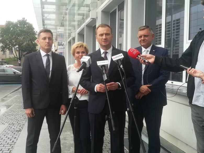 Wybory parlamentarne 2019. Piotr Jedliński zaprezentował czołówkę koszalińskiej listy Koalicji Obywatelskiej [WIDEO]