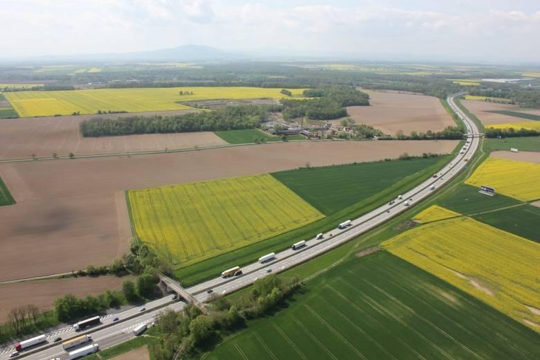 Decydują się losy najważniejszej drogi w naszym regionie i jednej z najważniejszych w Polsce. Autostrada A4 musi zostać rozbudowana, bo w ciągu najbliższych