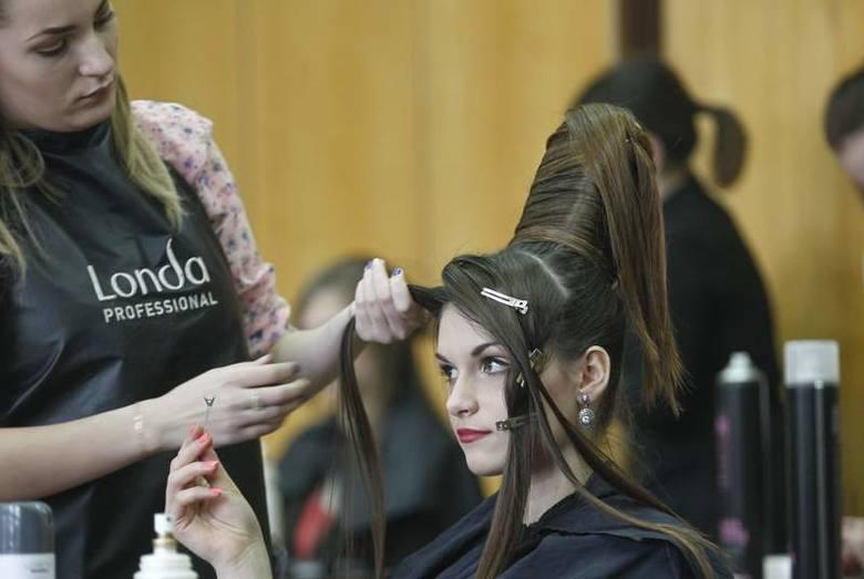 Młodzi fryzjerzy w krainie zmysłowości [WIDEO, ZDJĘCIA]