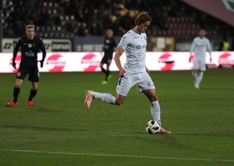 Thomas Rogne przyszedł do klubu na początku 2018 roku, ale kibice długo musieli czekać na debiut Norwega w Kolejorzu. Pierwsze pół roku w Lechu spędził