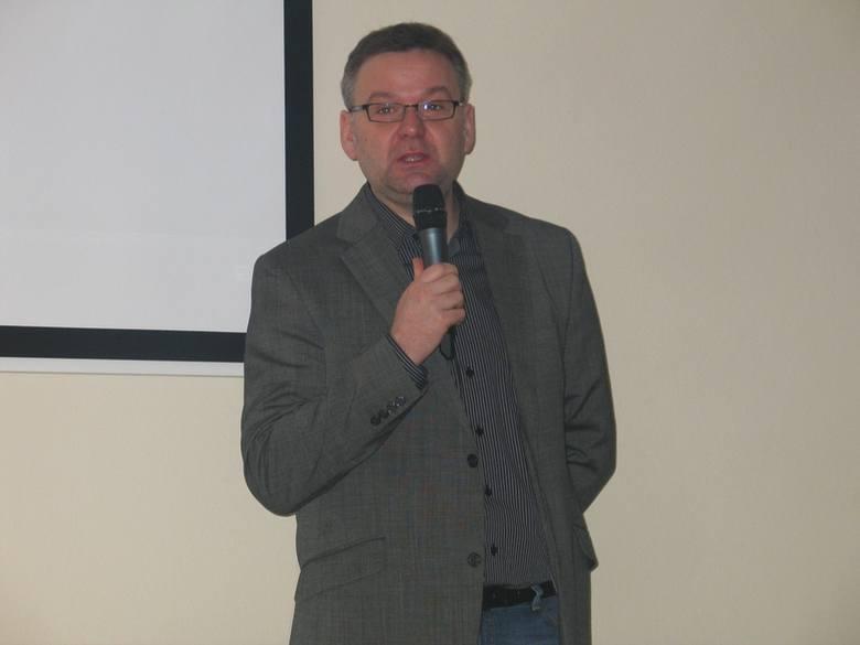 """Artur Andrus w Sanoku, czyli spotkanie z człowiekiem """"przezdolnym"""""""