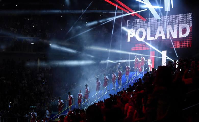 Polska - USA na żywo. Brazylia już czeka w finale. Mistrzostwa świata w siatkówce 2018. Transmisja. Gdzie oglądać Polaków? [29.09.2018]