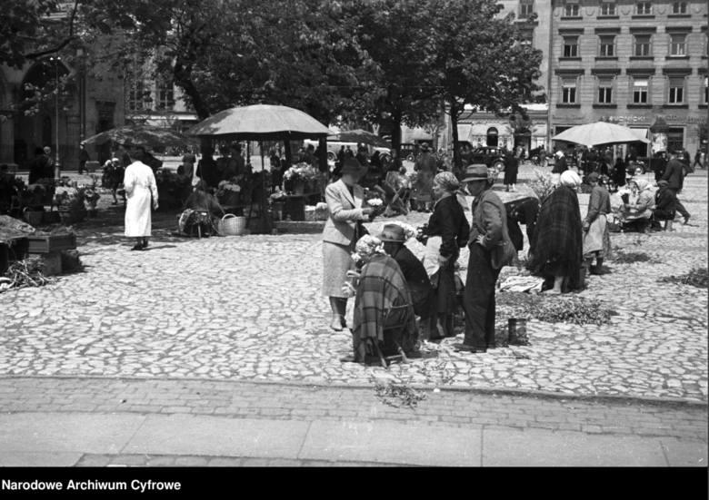Kraków przed II wojną światową. Tak żyli krakowianie, zanim na świecie rozpętało się piekło [ARCHIWALNE ZDJĘCIA]