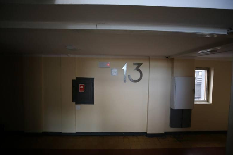 W środku wszystko jest przemyślane - nawet jednolita typografia numerów mieszkań