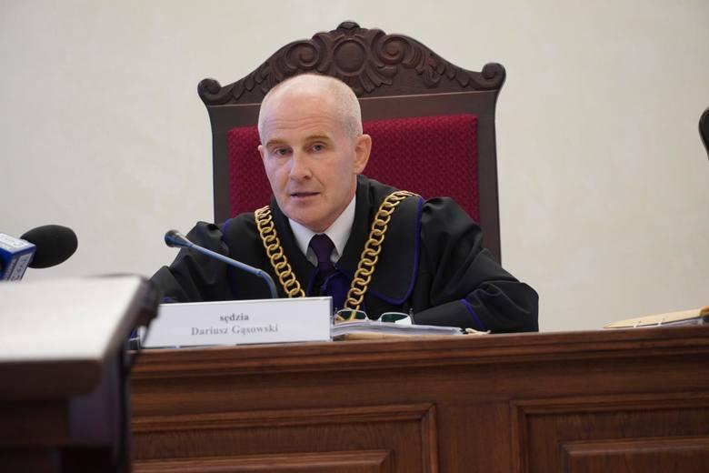 Sędzia Dariusz Gąsowski uznał słuszność zarzutów wobec oskarżonego. Nie widział podstaw do zmiany wyroku, również w zakresie wysokości kary. Oskarżonego na publikacji orzeczenia nie było.