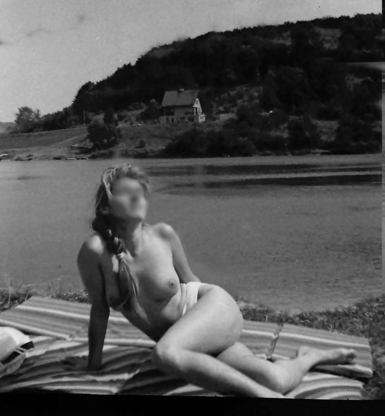 Topless za czasów PRL...Opalanie się topless dawno już wyszło z mody, ale w latach 70. i 80.XX wieku było symbolem wyzwolenia kobiet, oznaką emancypacji