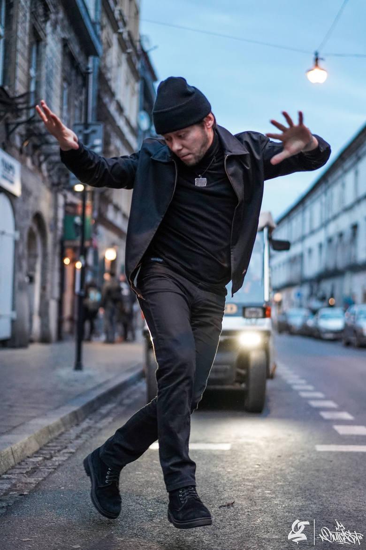Bartosz Bandura od lipca w sieci będzie nas uczył tańczyć breakdance. 4 lipca wystąpi też w na imprezie w Drezdenku