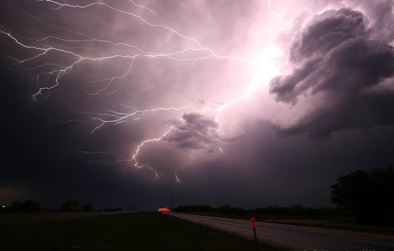Gdzie jest burza? Radar burz online pomoże to sprawdzić.