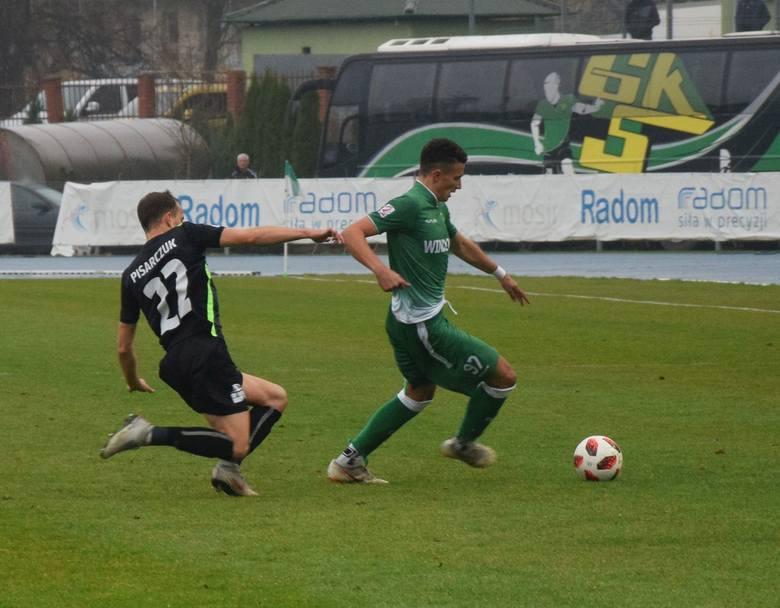 Radomiak Radom rozgromił na własnym stadionie 5:1 Górnika Łęczna. Dla zielonych to czwarte zwycięstwo z rzędu w rozgrywkach drugiej ligi. Radomianie