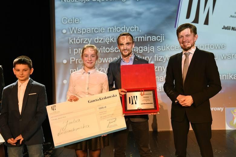 Rok temu Nagrodę im. Redaktora Daniela Weimera odebrała Julia Niewiadomska z UKS Gladiator, której towarzyszył trener Amadeusz Kwiatkowski