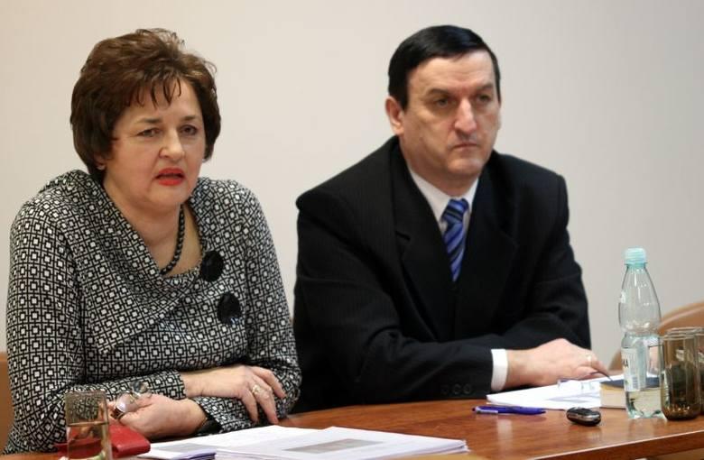 Na konferencji prasowej prezes tarnobrzeskiego okręgu – sędzia Wiesława Sech oraz sędzia Józef Dyl, rzecznik prasowy sądu, podsumowali ubiegłoroczną