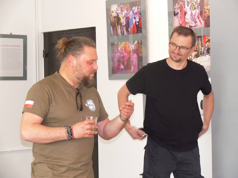 Mikromuzeum - Galeria Historii w Koprzywnicy oficjalnie otwarta. Można zobaczyć setki przedmiotów sprzed 1945 roku [DUŻO ZDJĘĆ]