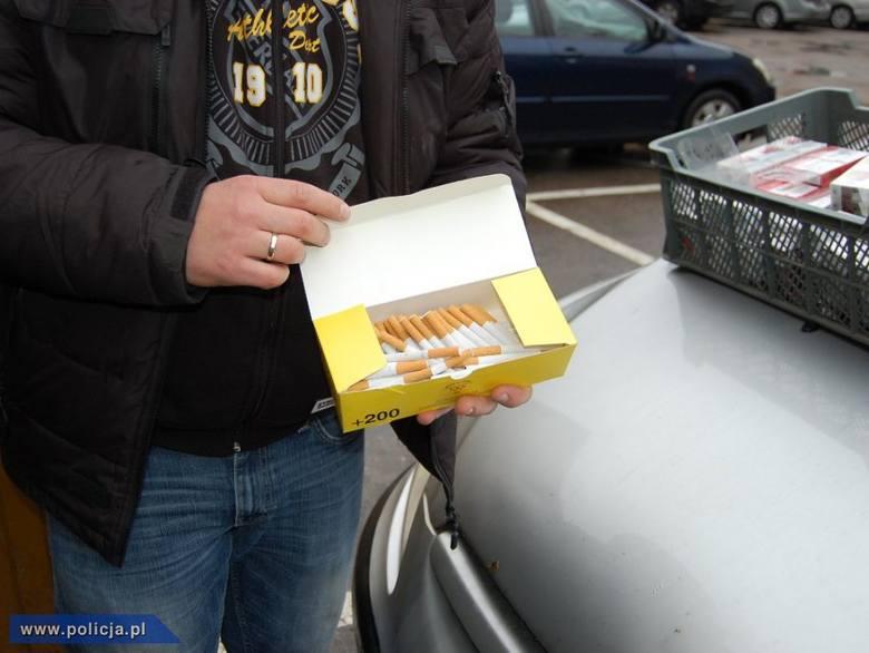 Urle. Kochankowie mieli hurtownię kontrabandy. To alkohol i papierosy bez akcyzy (zdjęcia)
